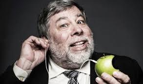 Steve Wozniak, Apple Co-Founder Considers Blockchain, Joins Crypto Startup